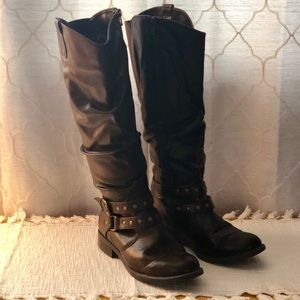 Shoes - Women's Tall Boot